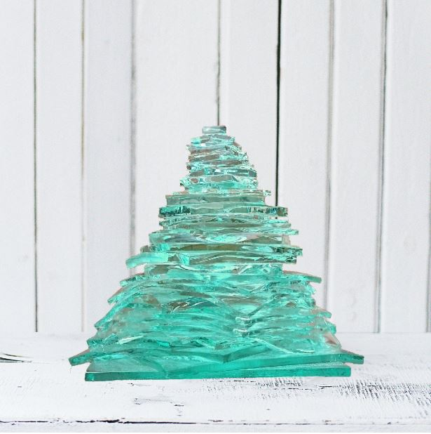 Clear-float-christmas-tree